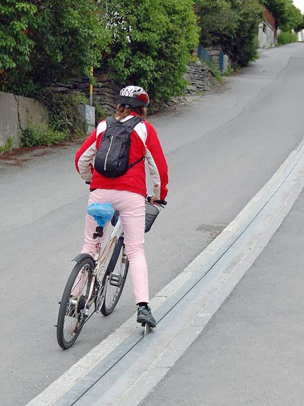 bike escalator lift in trondheim norway cyclocable (4)
