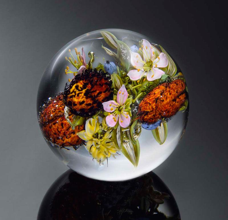 miniature glass gardens encased in clear glass orbs by paul stankard (5)