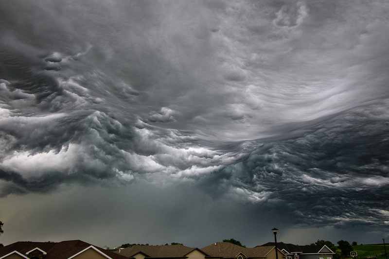 storm cloud looks like ocean waves The Sifters Top 75 Pictures of the Day for 2014