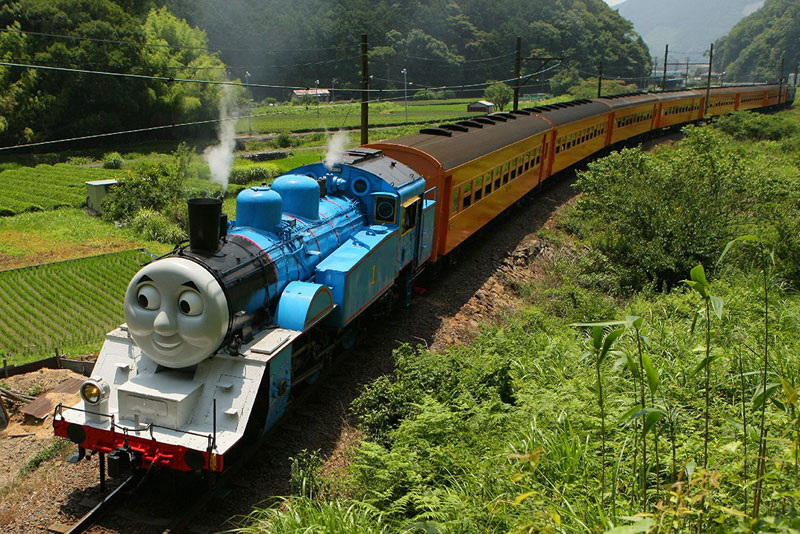 Picture of the Day: Real-Life Thomas the Tank Engine Spotted in Japan