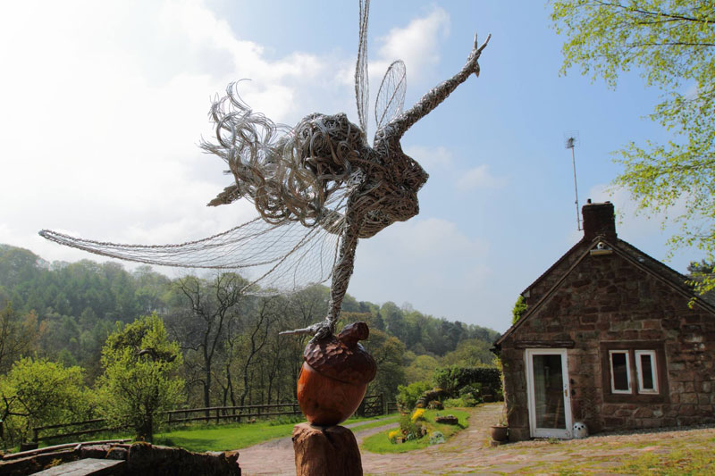 wire fairy sculptures by robin wight (6)