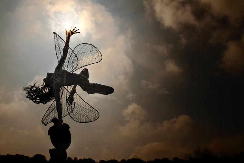 wire fairy sculptures by robin wight (8)