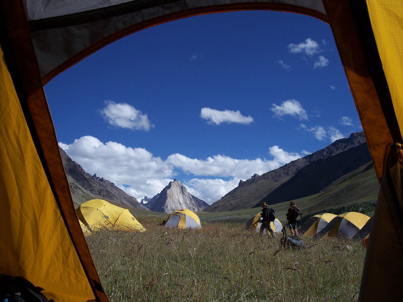 15 reasons why you'll never regret sleeping in a tent (6)