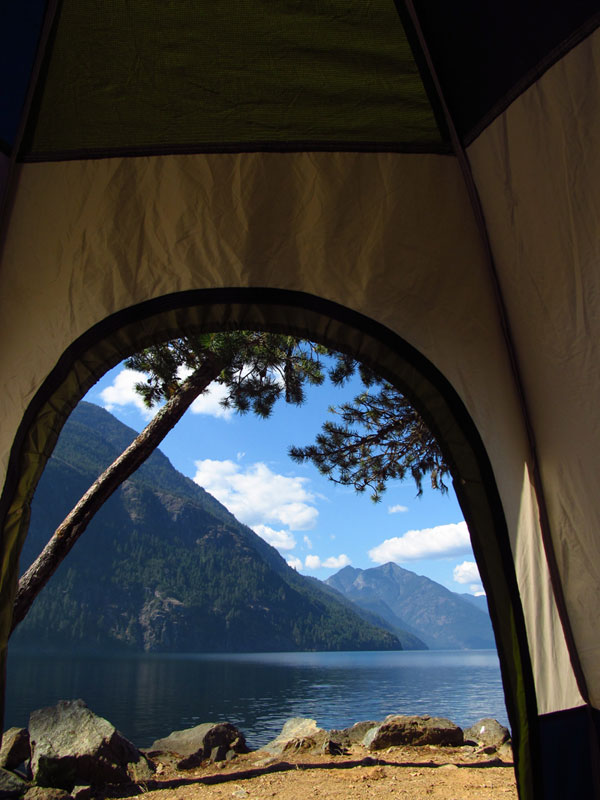 15 reasons why you'll never regret sleeping in a tent (7)