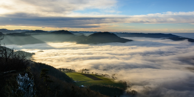 Blassenstein_Erlauftal_mit_Nebel_02_Panorama
