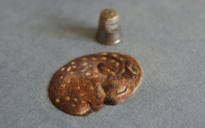 miniature animal embroideries by chloe giordano 2 The 27 Tiniest Paintings You Will Ever See