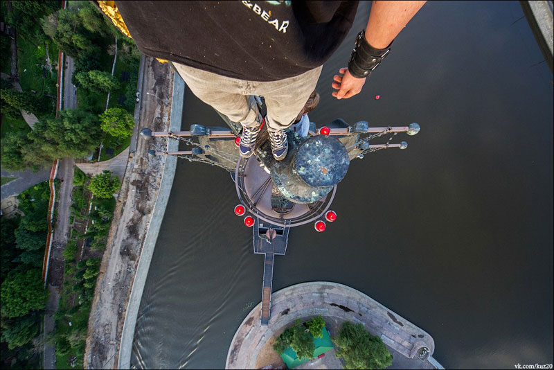 photos that look straight down from perilous heights by ivan kuznetsov (11)