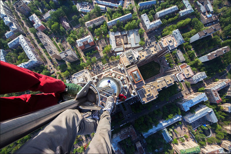 photos that look straight down from perilous heights by ivan kuznetsov (12)
