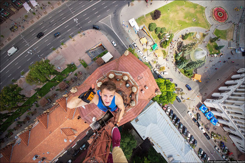 photos that look straight down from perilous heights by ivan kuznetsov (7)