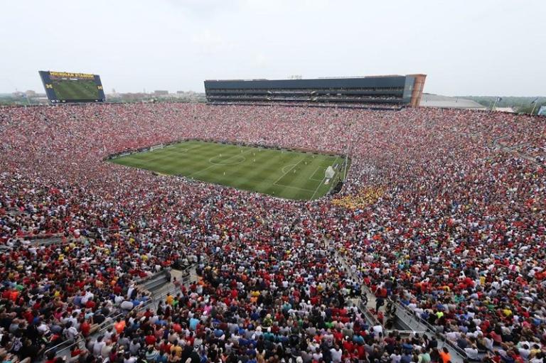 real-madrid-man-u-big-house-michigan-crowd-2014