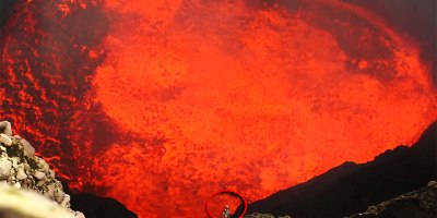 Man Descends 1200 ft Into Active Volcano to Experience Lava Lake Up Close