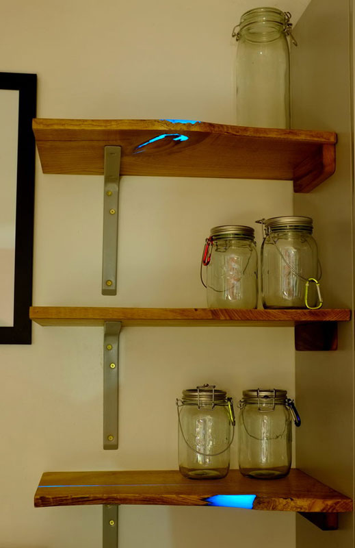 Diy Shelves With Glow In The Dark Resin Inlay 171 Twistedsifter