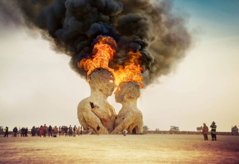 embrace sculpture burning man 2014 trey ratcliff