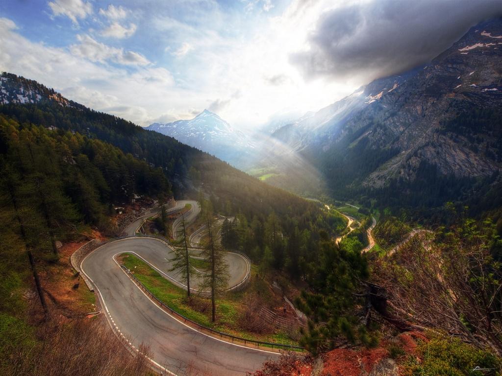 Picture of the Day: The Maloja Pass,Switzerland