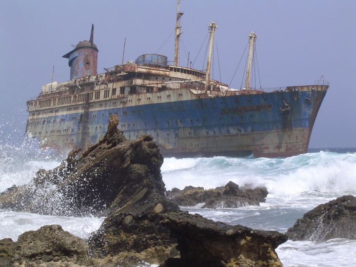 wreckage-of-the-American-Star-(SS-America)-seen-from-land-side,-Fuerteventura,-Canary-Islands.