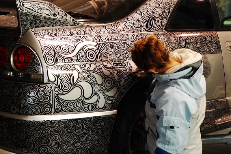 Artist Uses Sharpie to Give Nissan Skyline GTR One of a Kind Paint Job (5)