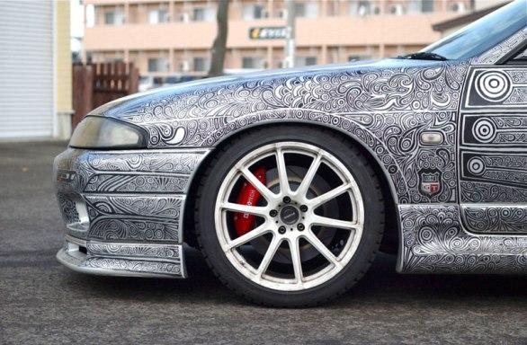 Artist Uses Sharpie to Give Nissan Skyline GTR One of a Kind Paint Job (6)