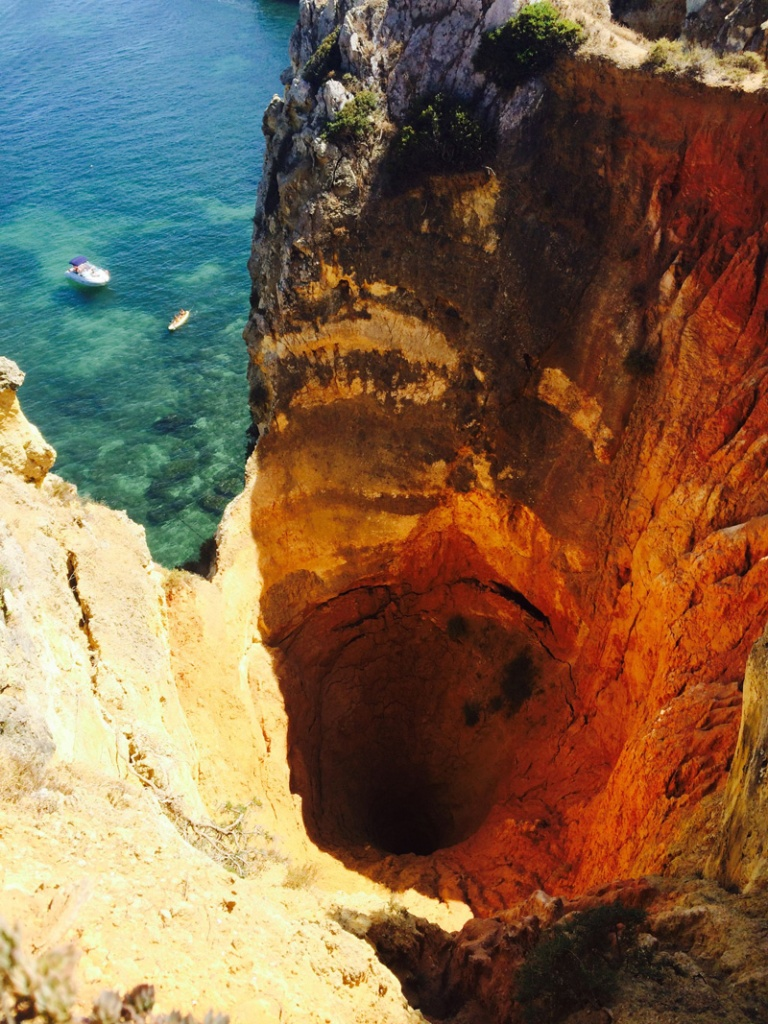 Picture of the Day: Hiker Finds Giant Abyss in Lagos