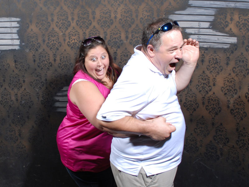 niagara falls haunted house fear factory funny pictures of scared people (15)