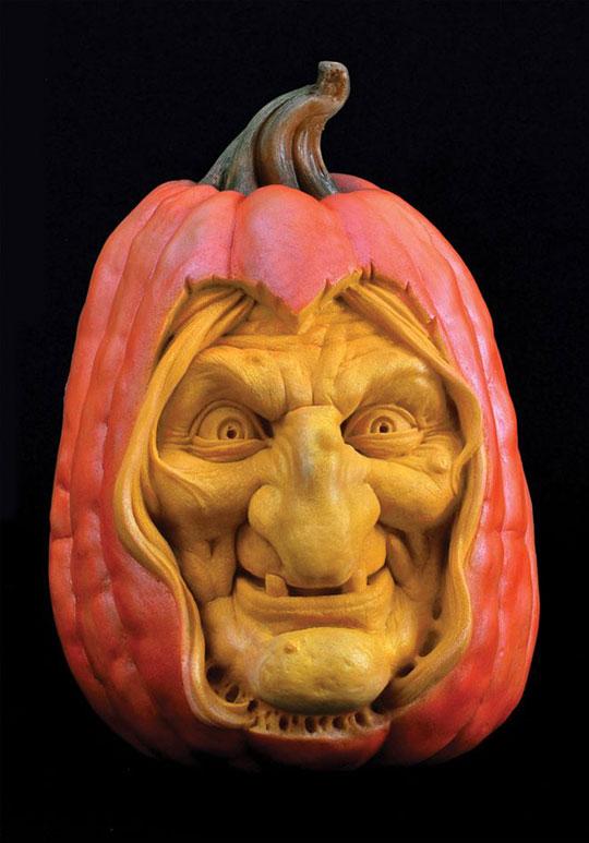 pumpkin carving by ray villafane studios (15)