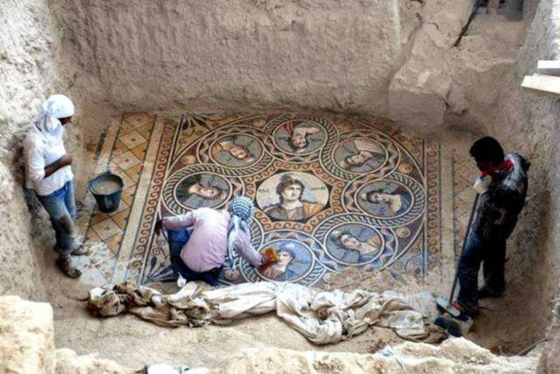 ancient mosaics discovered in ancient greek city of zeugma 1 The Lonely Castle in the Middle of the Desert
