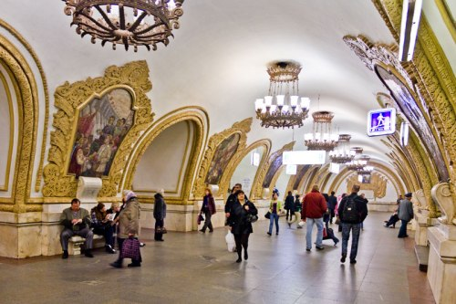 beautiful moscow metro stations (1)