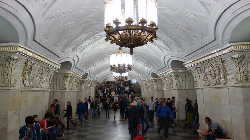 beautiful moscow metro stations (18)