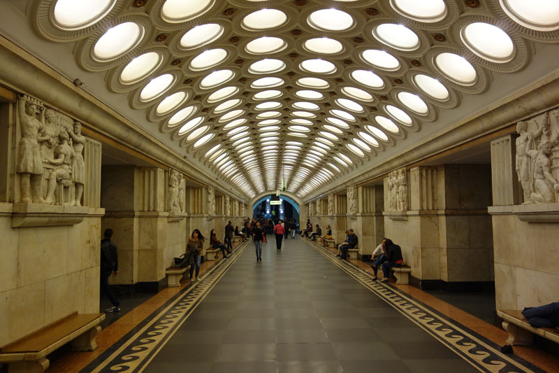 beautiful moscow metro stations (19)