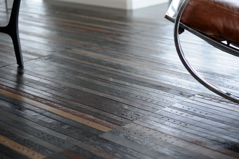 flooring rugs made from old leather belts by TING (2)