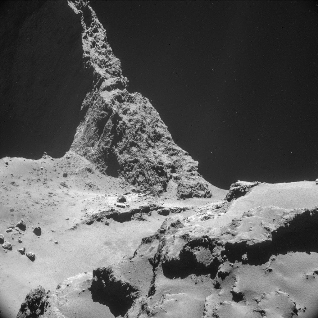 HQ Photos by Rosetta and Philae (1)