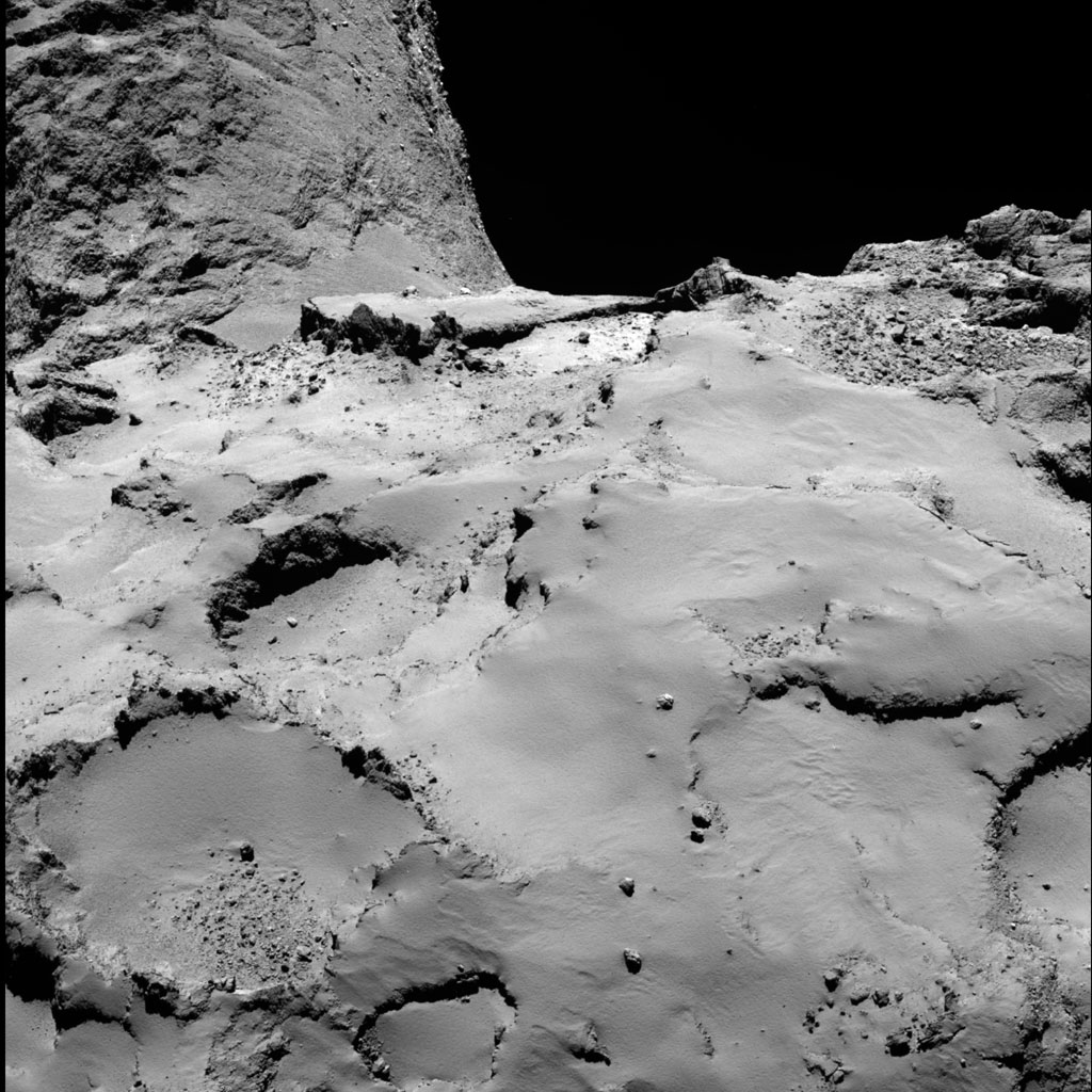 HQ Photos by Rosetta and Philae (24)