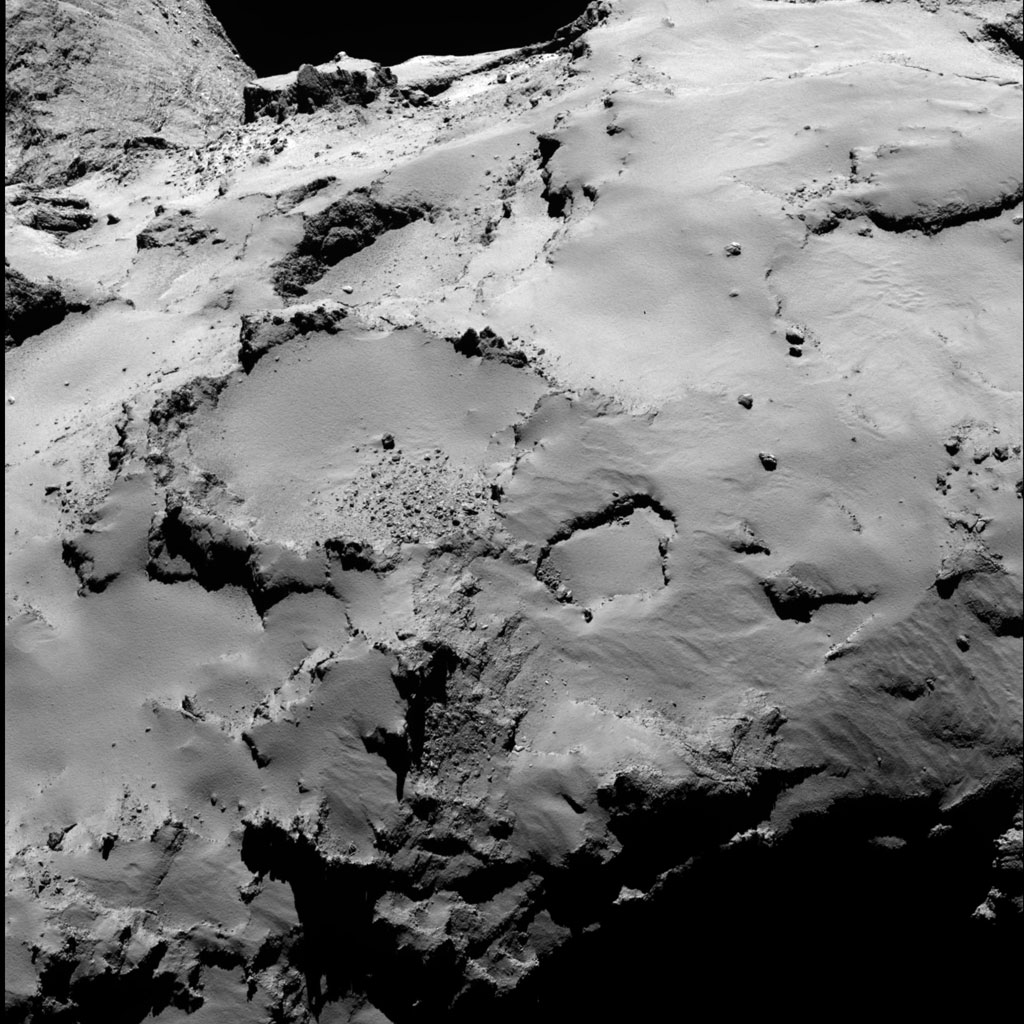 HQ Photos by Rosetta and Philae (25)