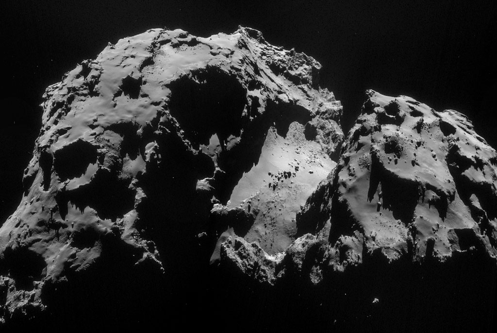 HQ Photos by Rosetta and Philae (27)