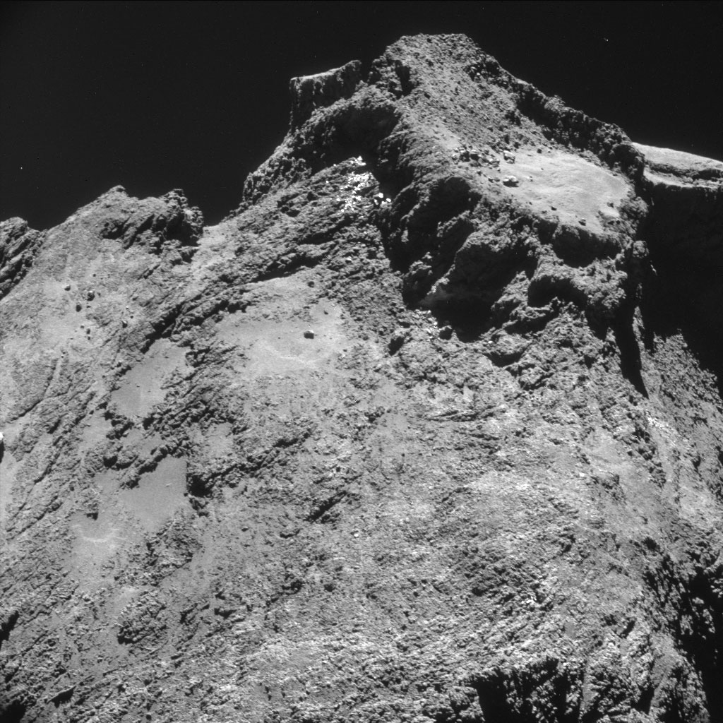 HQ Photos by Rosetta and Philae (5)