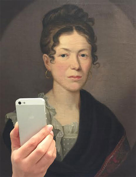 Photos-of-Museum-Portraits-Taking-Selfies-6