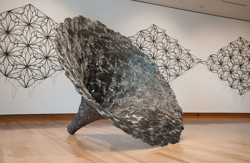 Artist Only Uses 12 Inch Nails to CreateSculptures