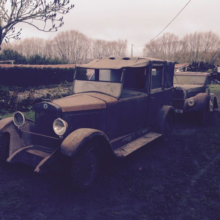 60 Rare Cars Worth Millions Found in French Countryside, Untouched for 50 Years (5)