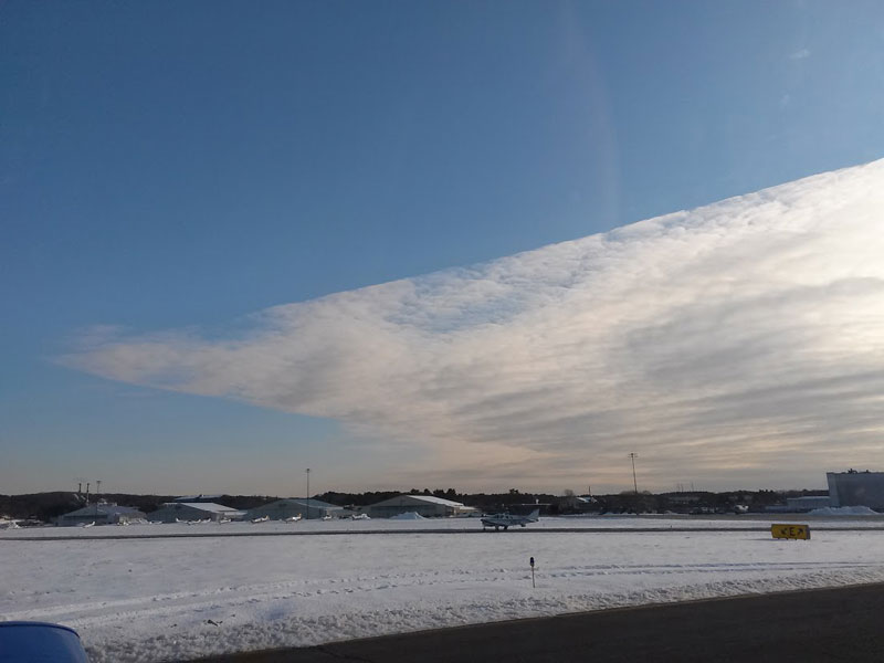 Picture of the Day: Bizarre Cloud with Razor Sharp Edges