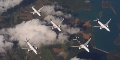 When Five Commercial Airliners Make Fighter JetFormations