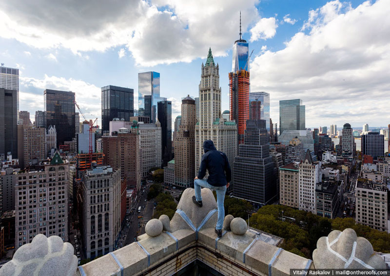 exploring nyc from the roofs of buildings vadim makhorov and vitaliy raskalov (14)