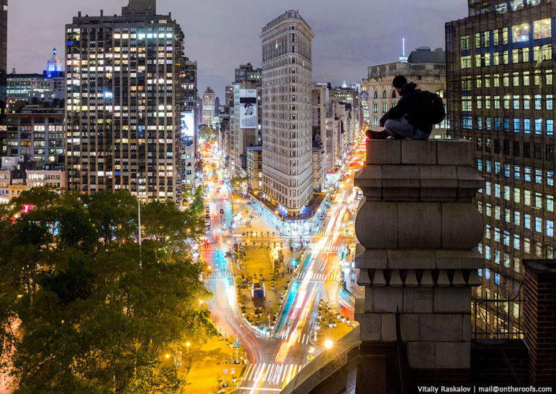 exploring nyc from the roofs of buildings vadim makhorov and vitaliy raskalov (16)