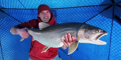 Guy Catches Monster Lake Trout Ice Fishing 32 km Out on LakeSuperior