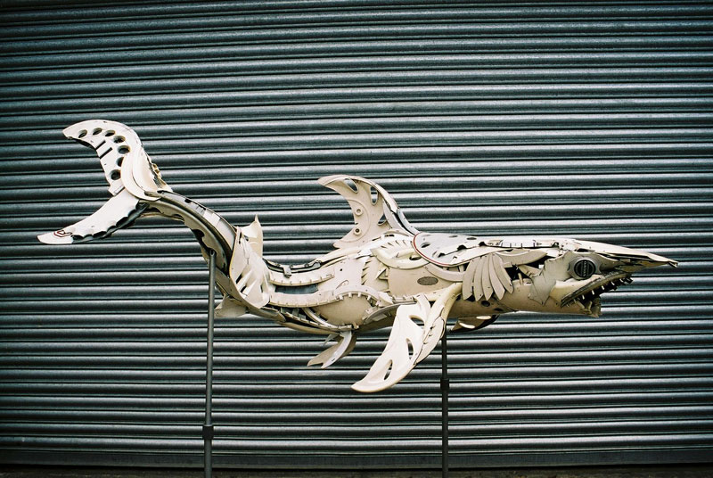 hubcap animal sculptures by ptolemy elrington (15)