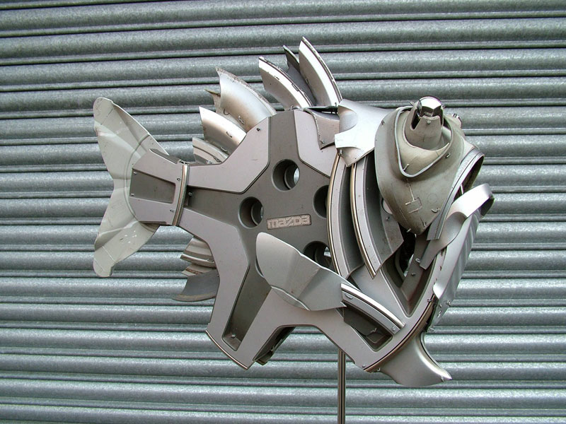 hubcap animal sculptures by ptolemy elrington (6)
