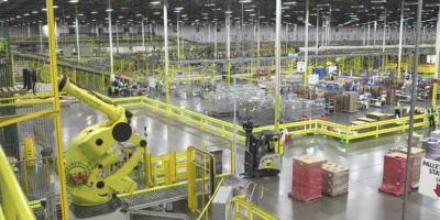 Inside Amazon's High Tech FulfillmentCenters