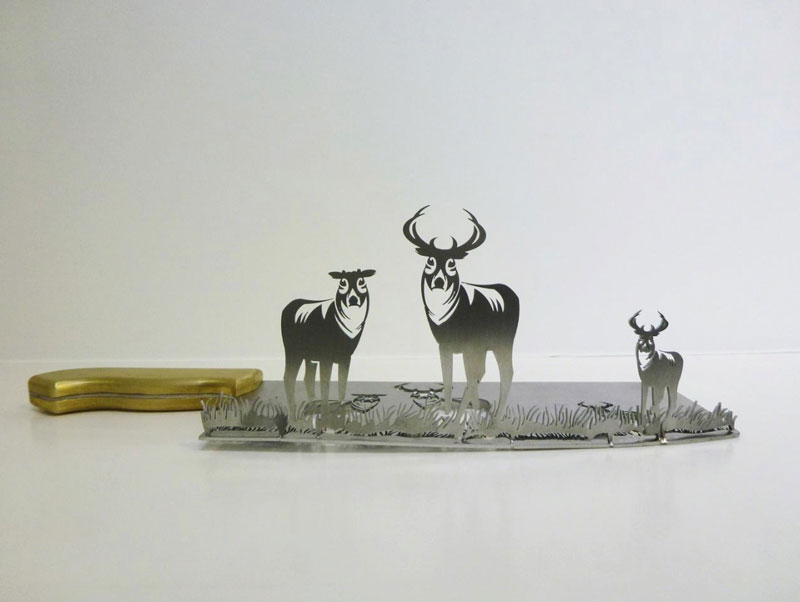Artist Carves Amazing Sculptures out of the Blades ofKnives