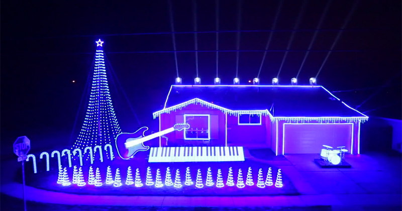 this star wars christmas light show is just wow twistedsifter - Christmas Lights Video