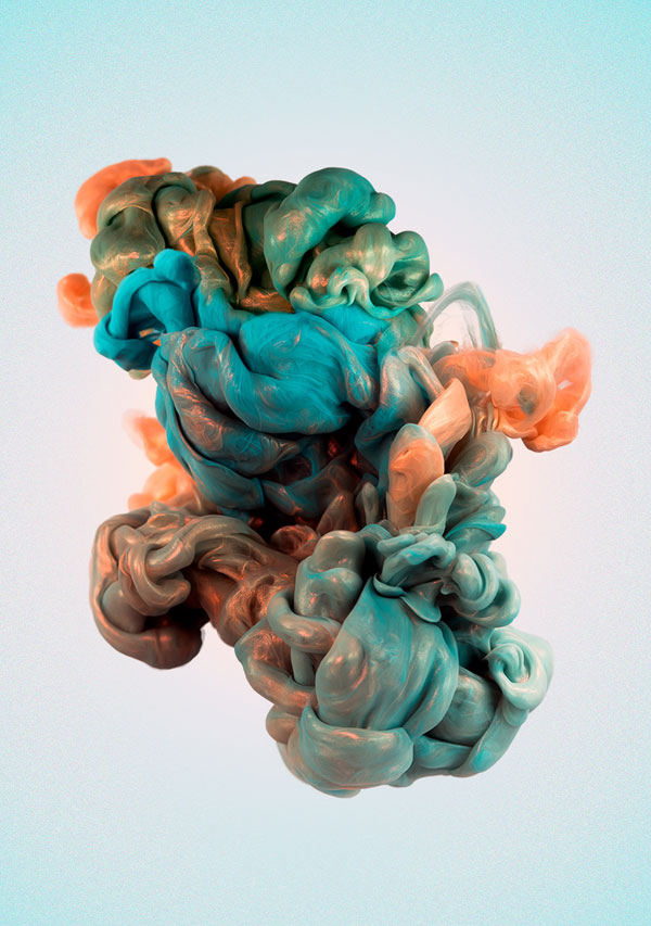High-Speed Photos of Ink and Metal Dropped Into Water by alberto seveso (1)
