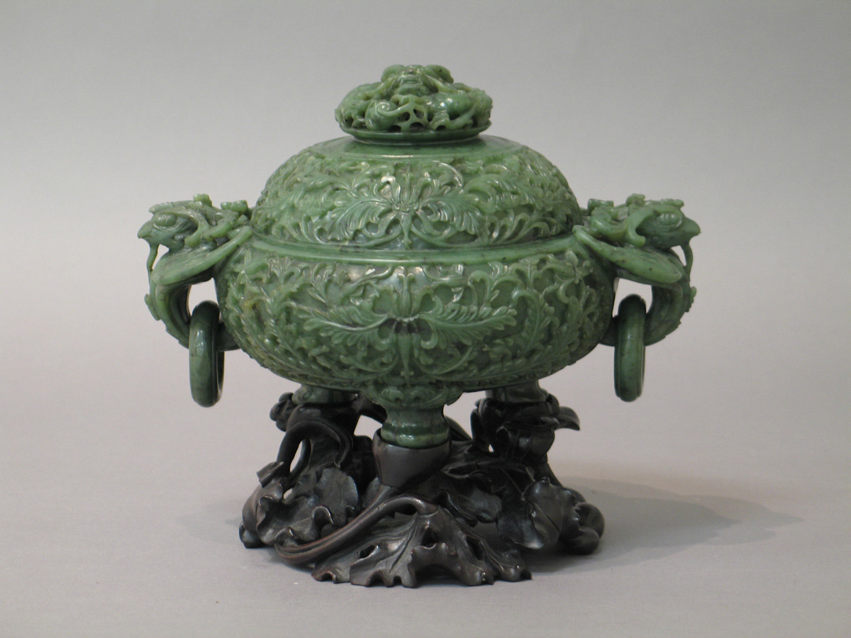 artworks carved from jade at the met (5)