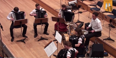 This is What Darude's Sandstorm Sounds Like on 5Accordions